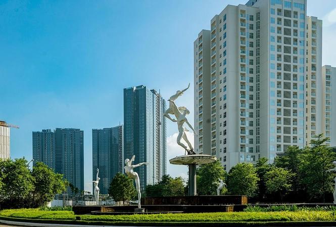 Người thu nhập cao thường có xu hướng chọn các căn hộ cao cấp ở những khu đất vàng của Thủ đô.
