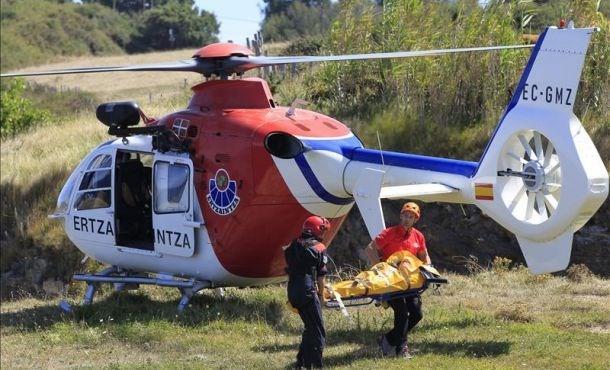 Trực thăng cứu hộ của cảnh sát Tây Ban Nha, cùng loại với chiếc gặp nạn. Ảnh: EFE