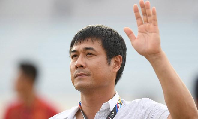HLV Hữu Thắng từ chức sau thất bại của U22 Việt Nam trước kình địch Thái Lan.