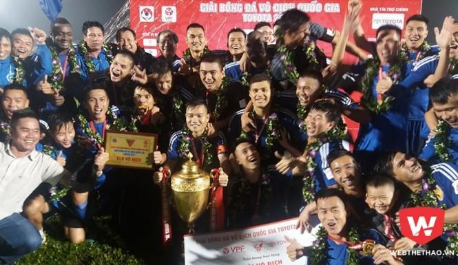 Quảng Nam không đủ điều kiện dự AFC Champions League nhưng vừa vô địch V-League một cách thần kỳ.