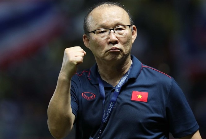 HLV Park Hang Seo sẽ có cơ hội đối đầu ông Guus Hiddink vào tháng 9 tới trong trận giao hữu giữa U22 Việt Nam và U22 Trung Quốc.