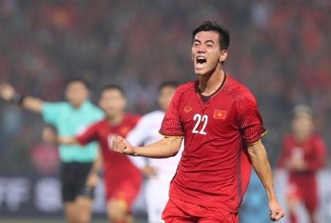 Cầu thủ ghi bàn đầu tiên cho đội tuyển Việt Nam trong trận đấu với Thái Lan tối nay sẽ nhận thưởng 200 triệu đồng.
