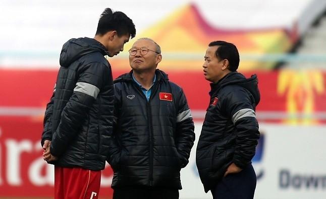 HLV Park Hang Seo sẽ phải có phương án thay thế hợp lý Văn Hậu tại VCK U23 châu Á 2020.