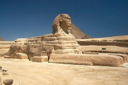 Bức tượng nhân sư của Ai Cập.