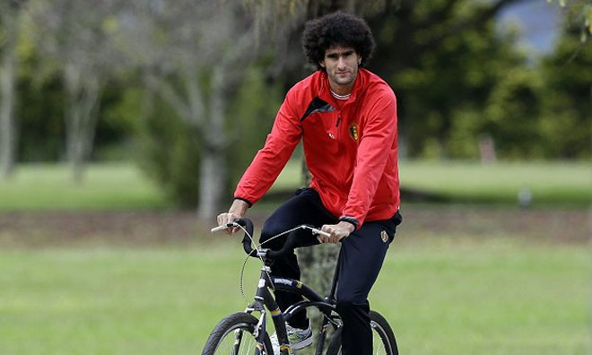 Fellaini sẵn sàng xuống tóc nếu Bỉ vô địch