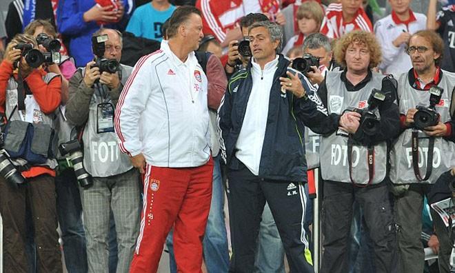 Mourinho không hề lo ngại Van Gaal và sự trỗi dậy của M.U.