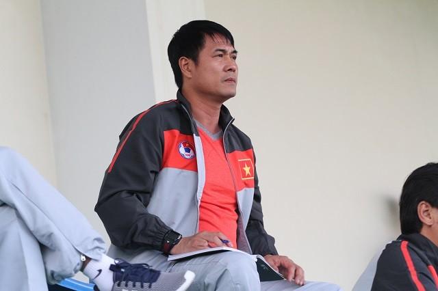HLV Hữu Thắng tái ngộ U23 Việt Nam trên sân tập