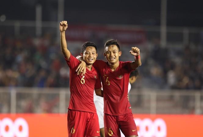 U22 Indonesia vào chung kết bóng đá nam sau 120 phút kịch chiến