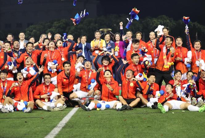 Đội U22 Việt Nam đoạt HCV môn bóng đá nam SEA Games 30