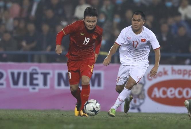 Quang Hải ghi một bàn thắng tuyệt đẹp ở trận này. Ảnh: Zing