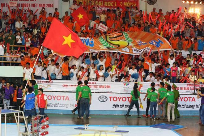 LH-NVN sẽ đại diện Việt Nam tranh tài Robocon Quốc tế