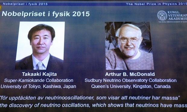 Hai nhà khoa học Nhật Bản và Canada được vinh danh tại buổi họp báo vừa diễn ra. Ảnh: Guardian