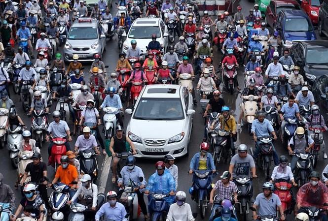 Ùn tắc giao thông đang trở thành nỗi ám ảnh của người dân thủ đô. Ảnh: Lê Anh Dũng/VietNamNet