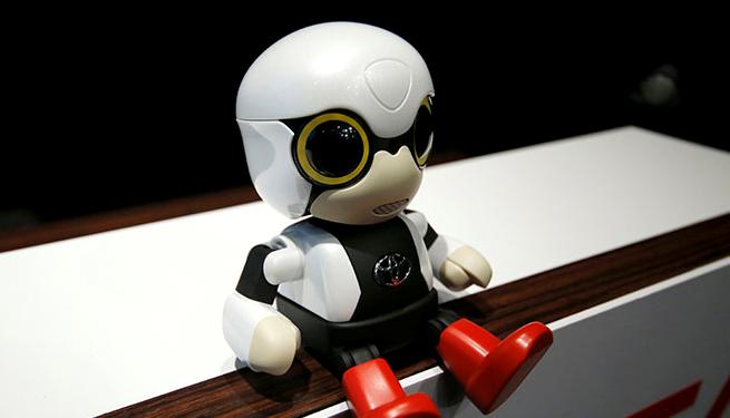 Kirobo Mini của Toyota, con robot hình người biết nói xuất hiện trong cuộc họp báo ngày 27 tháng 9 ở Tokyo.
