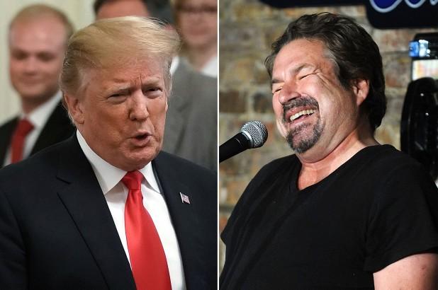 """Tổng thống Trump bị nghệ sĩ hài John Melendez """"chơi khăm""""."""