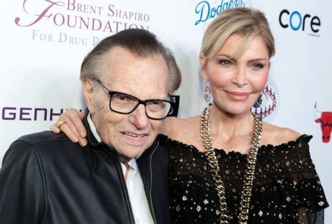 Larry King đòi ly hôn vợ Shawn Southwick ở tuổi 86. Ảnh: Getty Images