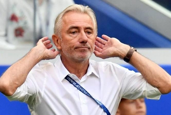 HLV Van Marwijk mới nhậm chức hồi cuối tháng 3/2019, sau khi UAE thua ở bán kết Asian Cup 2019. Ảnh: AFP.