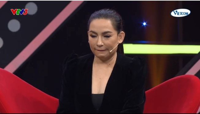 Phi Nhung tại chương trình Tối Chủ nhật vui vẻ.