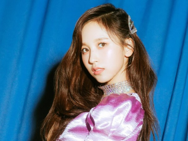 ONCE cảm động khi Mina trở lại bất ngờ cùng TWICE nhân kỉ niệm 4 năm ra mắt