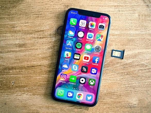 """Xuất hiện đoạn mã """"thần thánh"""" biến iPhone Lock thành quốc tế trong 1 nốt nhạc"""