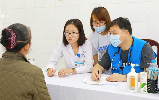 Hơn 3000 người dân được hỗ trợ khám chữa bệnh miễn phí