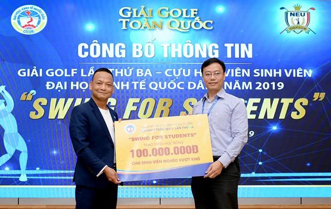 Cựu sinh viên Đại học Kinh tế Quốc dân tổ chức giải Golf lần 3