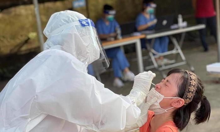 Trẻ em sẽ được tiêm vắc xin phòng COVID-19. Ảnh: Long Phạm