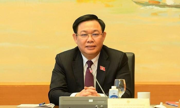 Chủ tịch Quốc hội Vương Đình Huệ phát biểu tại phiên thảo luận. Ảnh QH