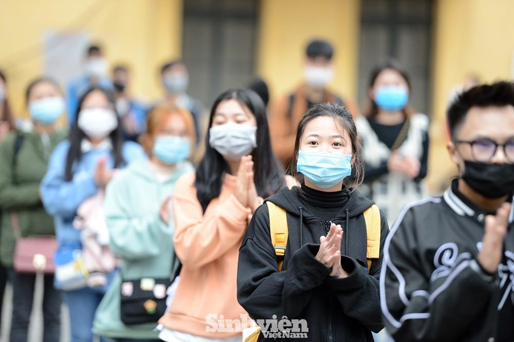 Hỗ trợ hàng ngàn sinh viên đi xe miễn phí về quê đón Tết sớm - ảnh 3