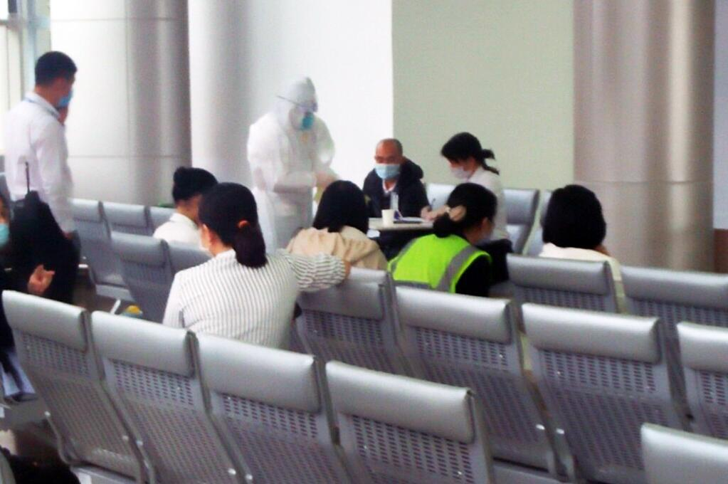 Lâm Đồng: Nâng mức cảnh báo cao nhất phòng chống dịch COVID -19 ảnh 3