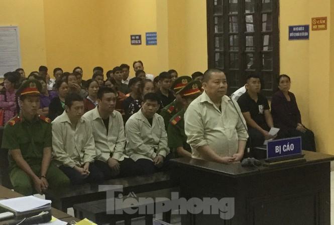 Bị cáo Voòng và các bị cáo đều bị đề nghị lĩnh án tử hình .Ảnh: Duy Chiến
