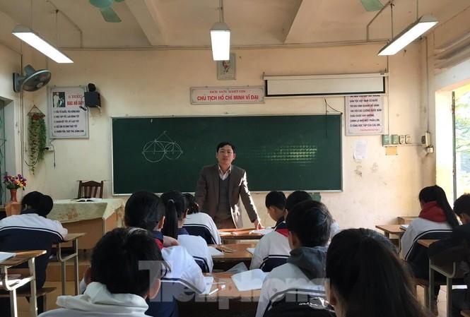 94 giáo viên hợp đồng của thị xã Sơn Tây bị chấm dứt hợp đồng từ đầu năm học liệu có cơ hội để xét đặc cách lần này?