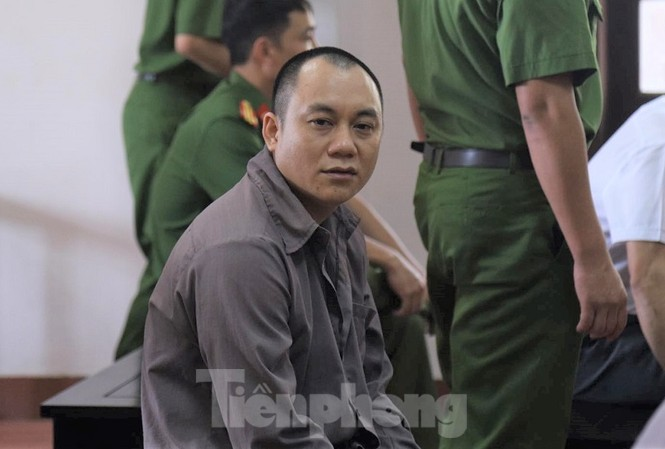 Bị cáo Lê Ngọc Hoàng tố kiểm sát viên không vô tư, khách quan.