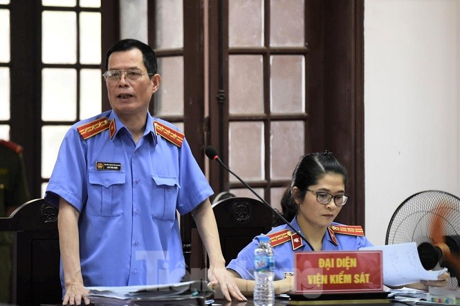 Đại diện Viện KSND tỉnh Thái Nguyên thực hành quyền công tố tại tòa.