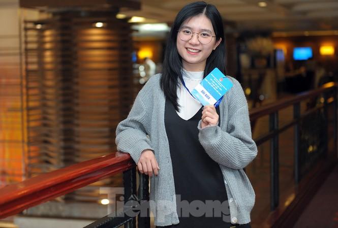Nữ du học sinh xinh đẹp nghiên cứu phòng ngừa bệnh K