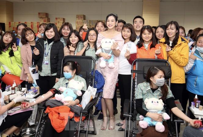 Samsung Thái Nguyên sôi động hiến máu hưởng ứng chương trình Chủ nhật Đỏ 2021