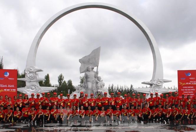 Hành trình 'Tôi yêu Tổ quốc tôi' tưởng niệm các chiến sĩ Gạc Ma