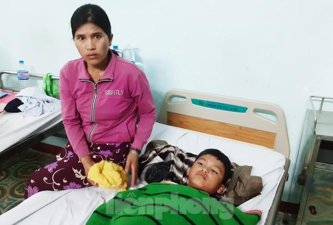 Em A Thịnh được cấp cứu tại Bệnh viện