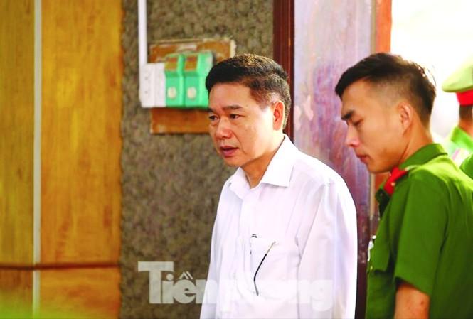 Bị can Trần Xuân Yến - nguyên Phó GĐ Sở GD&ĐT Sơn La là người duy nhất kêu oan trong phiên tòa vừa qua