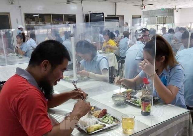 Doanh nghiệp sáng tạo nơi ăn uống cho người lao động thời dịch COVID-19