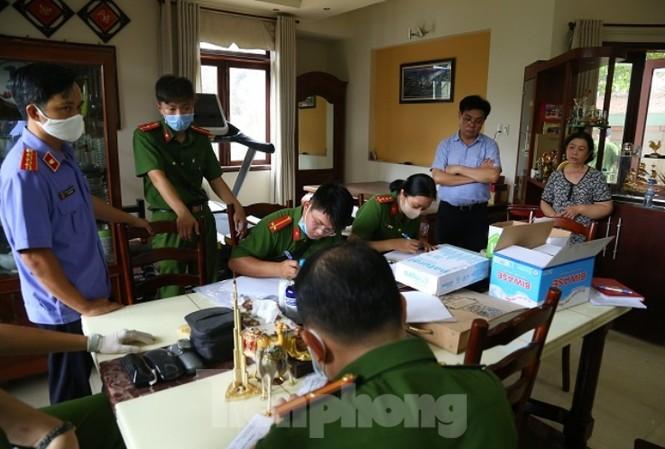 Khám xét nơi ở và làm việc của lãnh đạo TCT Bình Dương