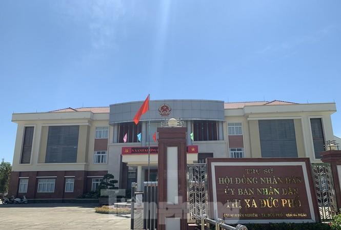 Thị xã Đức Phổ hiện còn khuyết chức danh Bí thư và Chủ tịch UBND thị xã. Ảnh: Nguyễn Ngọc