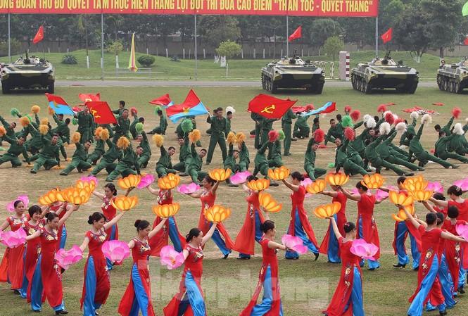 """Dự kiến, lễ tổng kết, trao giải cuộc thi sẽ được tổ chức trong chương trình """"Ngày hội văn hóa quân dân"""" vào ngày 13/12 tại huyện Định Hóa, tỉnh Thái Nguyên. Ảnh: Nguyễn Minh"""