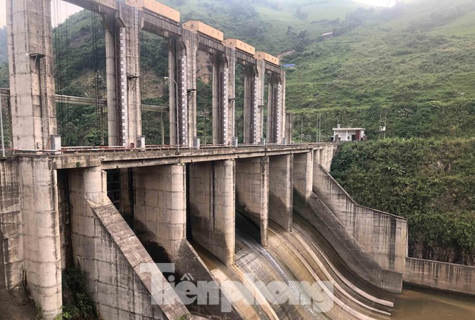 Thủy điện Tà Thàng - Vietracimex trị giá gần 3.000 tỷ xây dựng không phép ở Lào Cai.
