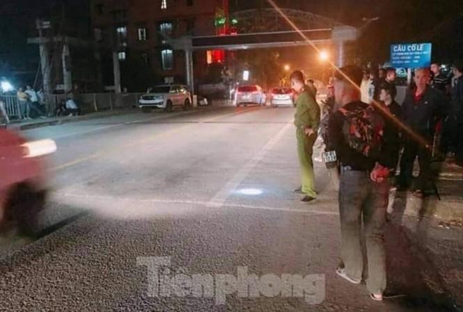 Hiện trường vụ nổ súng tại khu vực cống Cổ Lễ -  Ảnh: Hoàng Long