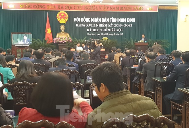 HĐND tỉnh Nam Định miễn nhiệm và bầu bổ sung các thành viên UBND tỉnh  - Ảnh: Hoàng Long