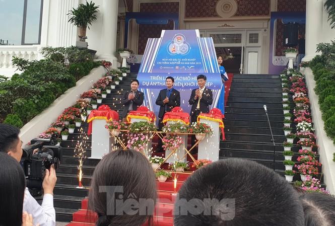 Khai mạc Ngày hội đầu tư khởi nghiệp tại hà Nam - Ảnh: Hoàng Long