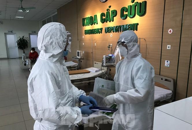 Việt Nam thêm 8 ca mắc mới COVID-19, có bé 1 tuổi