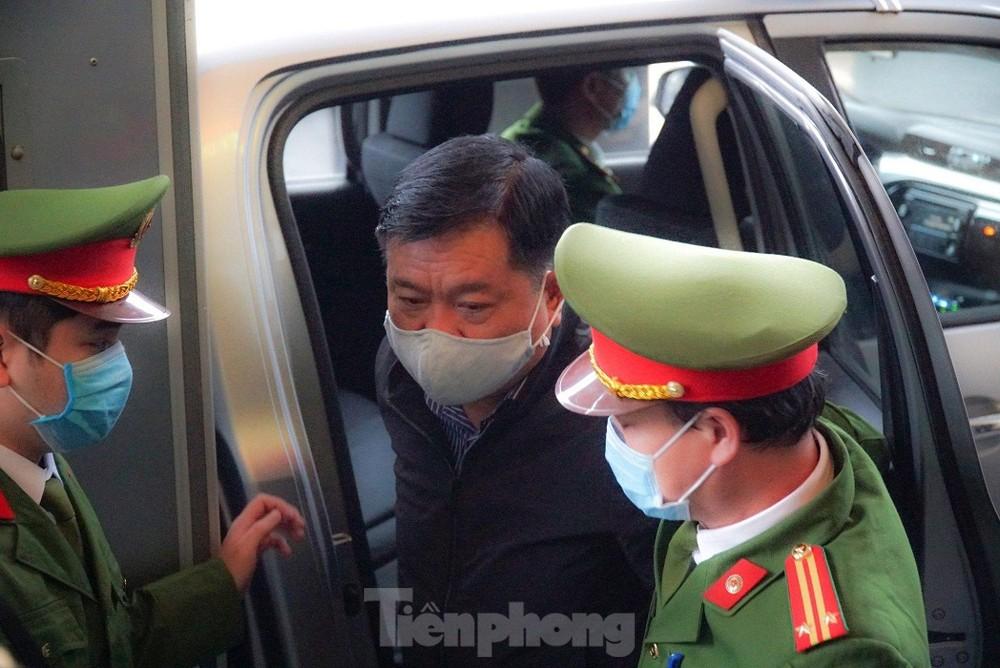 Ông Đinh La Thăng: Tôi không chỉ định thầu
