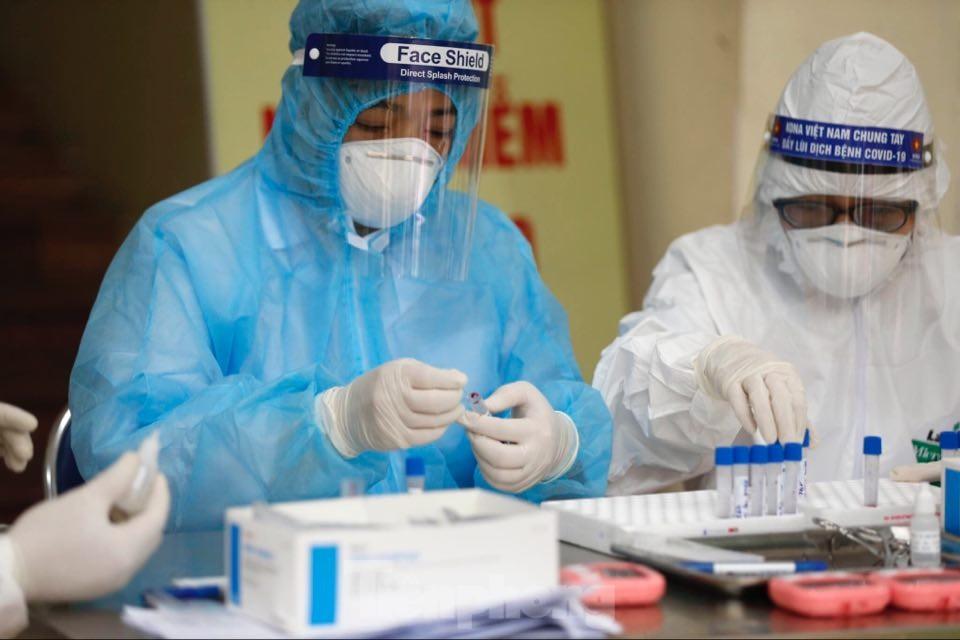 Việt Nam thêm 1 ca mắc mới COVID-19 điều trị tại Hà Nội